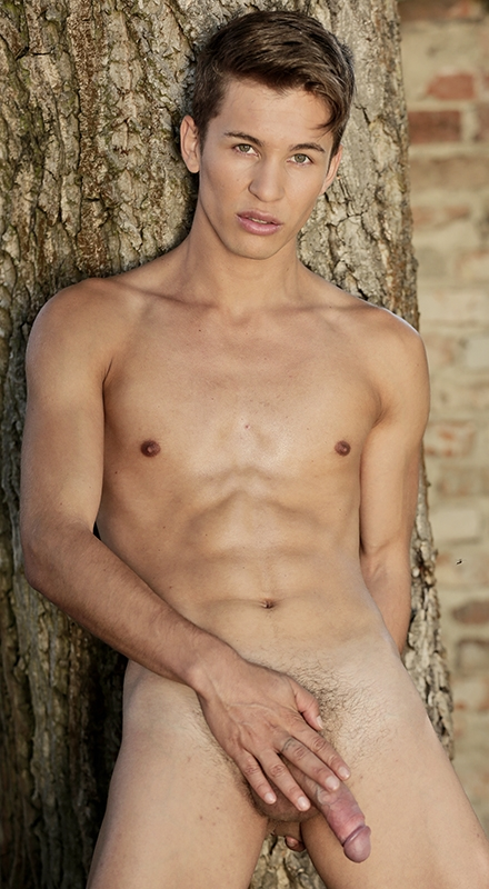 Right, the twink models galleries passage