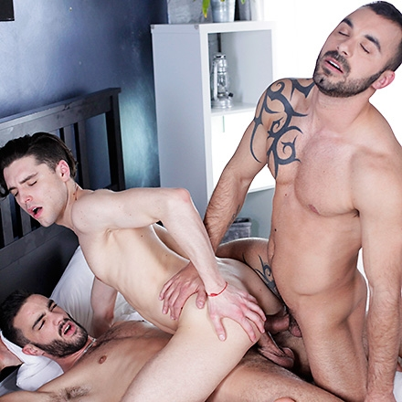 Cock-Mad Johny Cruz Enjoys An Unbelievable Triple Penetration! (Use me! Scene #3) HD
