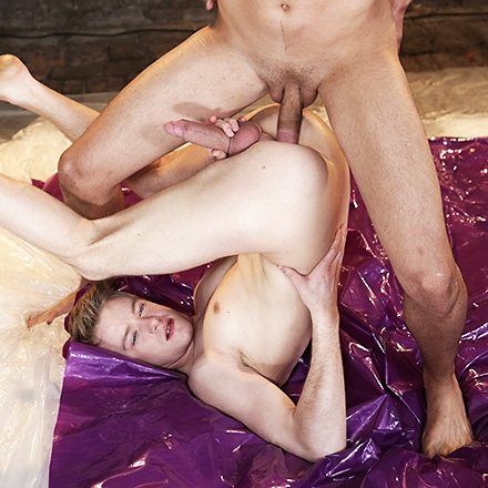 Two Horny Pals Wrestle and 69 – Then Fuck Raw Till They Jizz! (Oil Up Scene #1 HD)